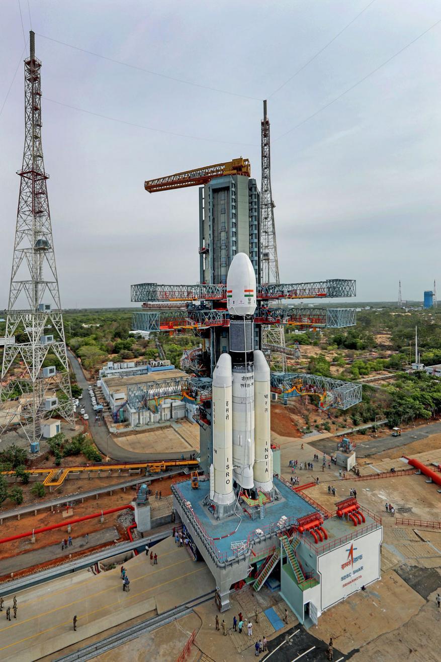 बाहुबली रॉकेट लाँचर खूपच शक्तिशाली आहे. हे रॉकेट पूर्णपणे देशी बनावटीचं आहे.
