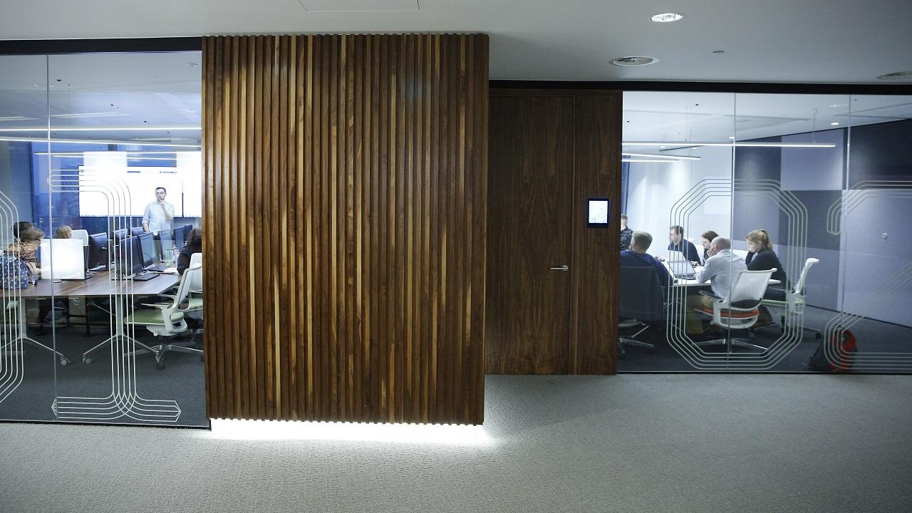 नंबर 10 - लंडन - लंडनच्या मध्यवर्ती ठिकाणी असलेली ही ऑफिसची जागा महागड्यात गणली जाते इथे 9553.38 रुपये प्रति चौरस फुट दर आहे.  (Image Source: Reuters)