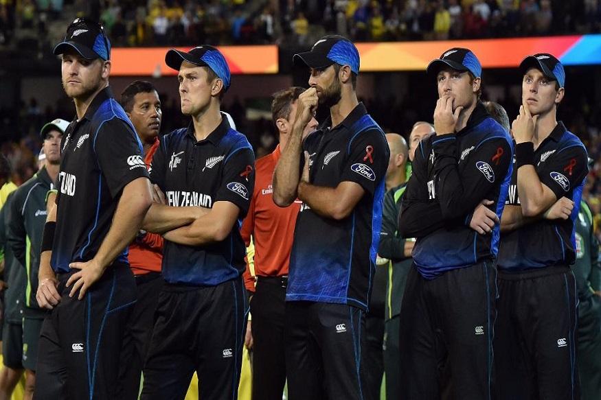 तर, उपविजेत्या ठरलेल्या न्यूझीलंड संघाला 14 कोटी रूपयांची बक्षिस रक्कम देण्यात आली. त्याशिवाय सेमीफायनल खेळणाऱ्या भारत आणि ऑस्ट्रेलिया यांना 5.5-5.5 कोटी रुपये देण्यात आले आहेत.