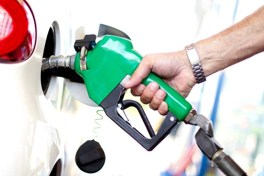 Petrol Diesel Price : सलग दुसऱ्या मुंबईकरांना दिलासा, हे आहेत पेट्रोल-डिझेलचे आजचे दर