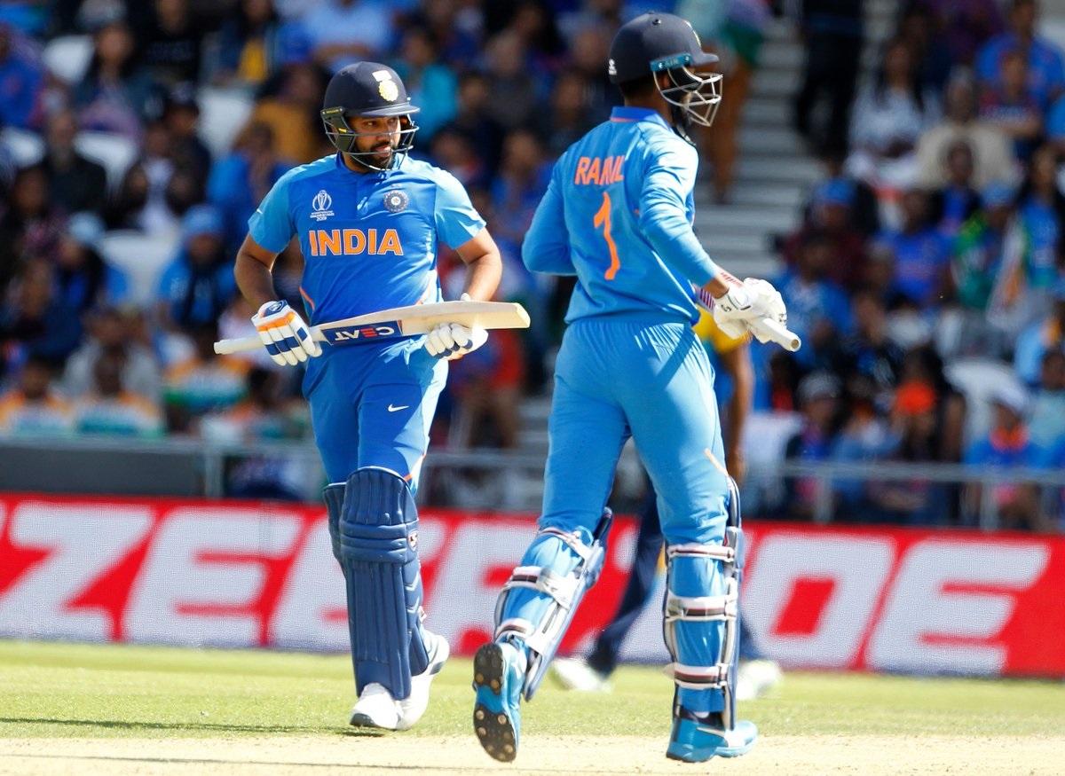 रोहित आणि केएल राहुल यांनी यंदाच्या वर्ल्ड कपमध्ये तिसरी शतकी भागिदारी केली. तर भारताकडून ही चौथी शतकी भागिदारी आहे. वर्ल्ड कपमध्ये पहिल्या विकेटसाठी एकूण चार शतकी भागिदारी करणारा भारत पहिला संघ ठरला आहे.