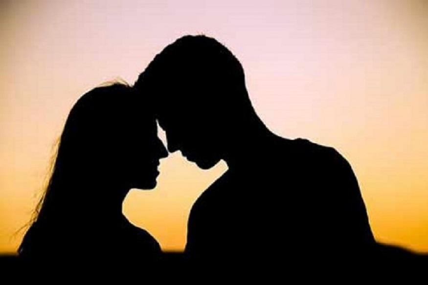 क्रेडिट कार्डमुळं संपलं पतीचं 'क्रेडिट', 'गर्लफ्रेंड'सोबत मौज केल्याचं झालं उघड
