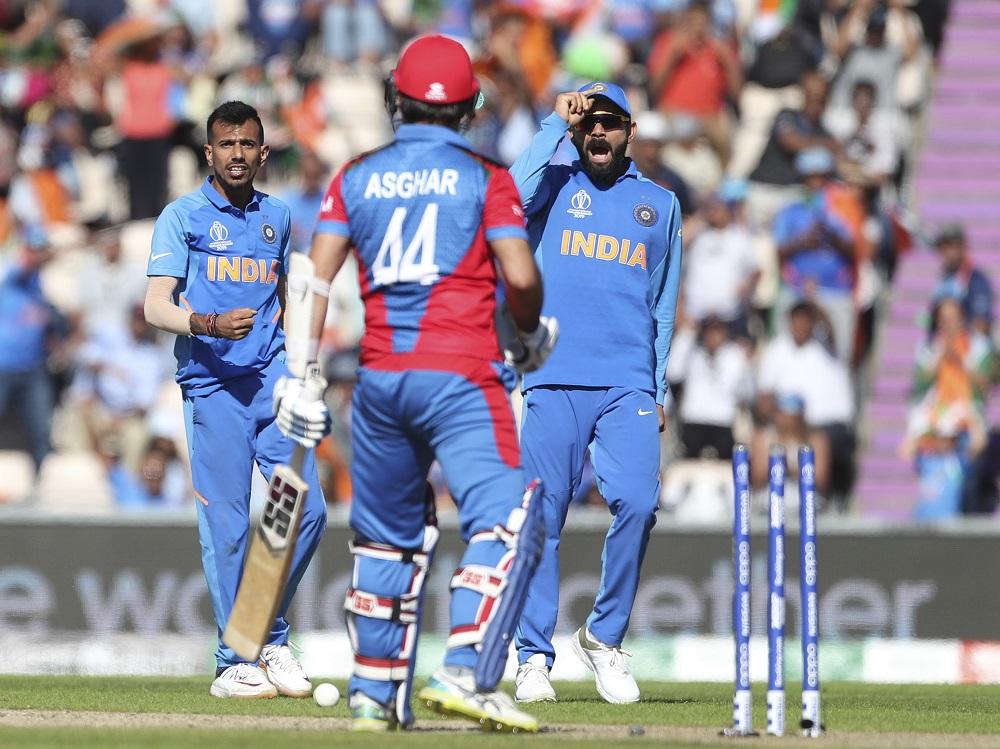 सगळ्यातआधी भारतानं अफगाणिस्तानला नमवत सेमीफायनलमधून बाहेर केले होते. अफगाणिस्ताननं आतापर्यंत एकूण 8 सामने खेळले आहेत मात्र त्यांना एकाही सामन्यात विजय मिळवता आलेला नाही. भारतानं अफगाणिस्तानविरुद्धचा सामना 11 धावांनी जिंकला होता.