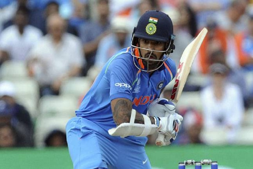 गब्बरमुळे टीम इंडियात 'या' खेळाडूवर होतोय अन्याय?