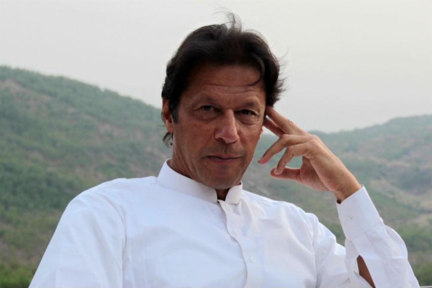 इम्रान खान म्हणजे दहशतवाद्यांचे 'रोल मॉडल', माजी क्रिकेटपटूचा गंभीर आरोप