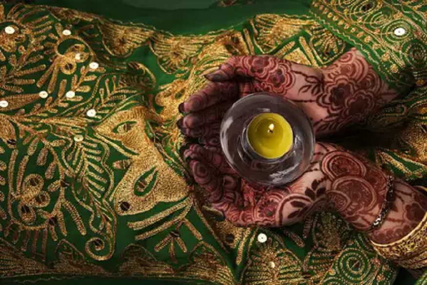 Sawan 2019: ...म्हणून श्रावणात महिला हिरव्या रंगाचे कपडे घालतात