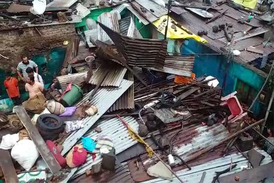 घराची भिंत कोसळली.. 8 महिन्यांच्या गरोदर महिलेसह कुटुंबातील तिघांचा मृत्यू