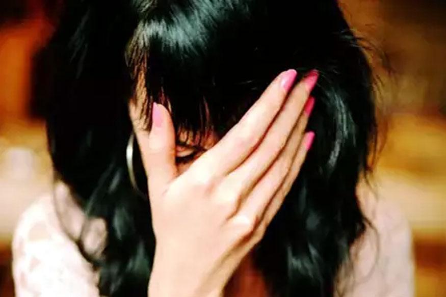 धक्कादायक! 'वाईफ स्वॅपिंग'ला नकार देताच पतीने मित्रांसह पत्नीवर केला बलात्कार