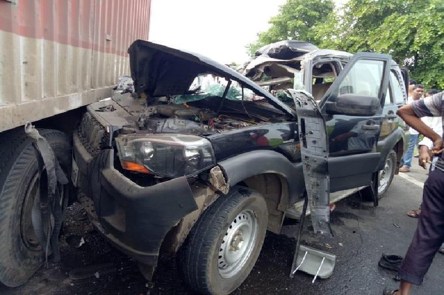 हंसराज अहिर यांच्या ताफ्यातील वाहनाला अपघात, CRPF जवानासह दोघांचा मृत्यू