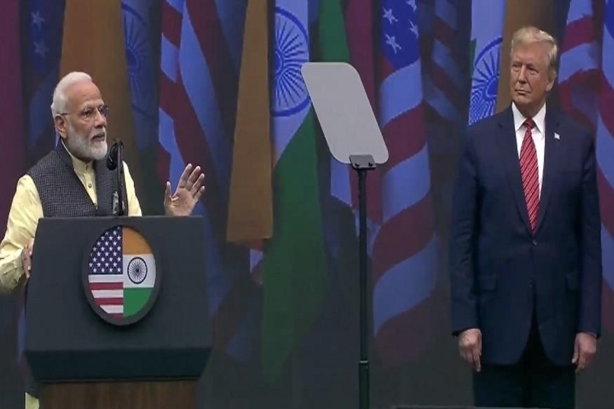 Howdy Modi: मोदींनी फोडला ट्रम्प यांच्या प्रचाराचा नारळ म्हणाले, 'अगली बार ट्रम्प सरकार'