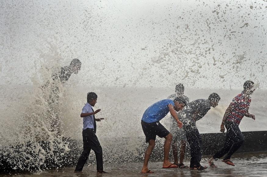 आलंय हिक्का चक्रीवादळ, मुंबईसह कोकणात पावसाची शक्यता