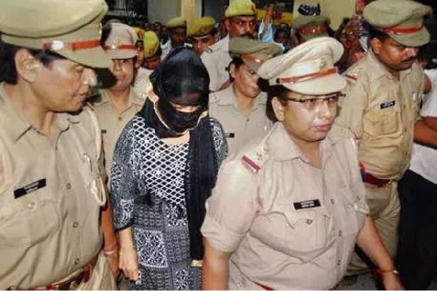 भाजप नेते चिन्मयानंदवर बलात्काराचा आरोप करणाऱ्या विद्यार्थिनीला अटक