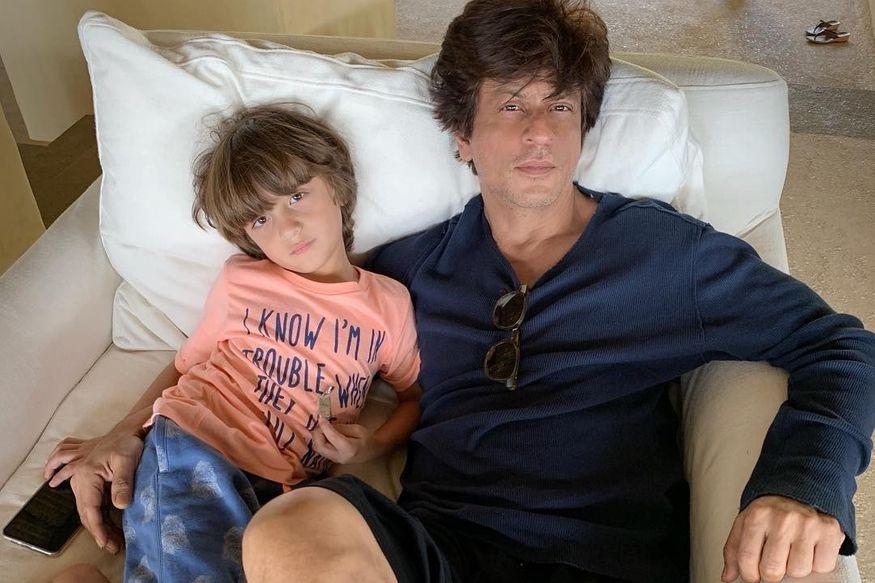 शाहरुख खानसोबत सिनेमात कधी दिसणार मुलगा अबराम, ट्वीटरवर केला खुलासा