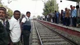 दिल्लीहून परतणारी 'स्वाभिमानी' एक्स्प्रेस  भरकटली