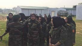 अफगाण महिला युद्धात लढतात मग भारतीय का नाही?