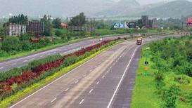 नाशिकच्या समृद्धी महामार्गाच्या निविदेचा मार्ग मोकळा, 50 टक्क्यांहून अधिक जमिनी प्रशासनाकडे