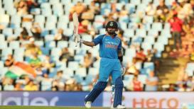 'विराट' सेनेची कमाल, सहावी वनडे जिंकत मालिका खिश्यात