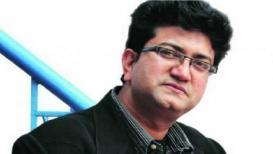 #News18RisingIndia : सेन्साॅर बोर्डाचा 'वापर' करून घेणं चुकीचं - प्रसून जोशी