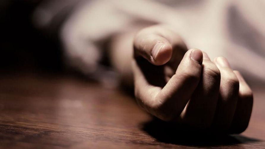 गारपीट आणि बोंडअळीग्रस्त शेतकऱ्याची विष प्राशन करून आत्महत्या
