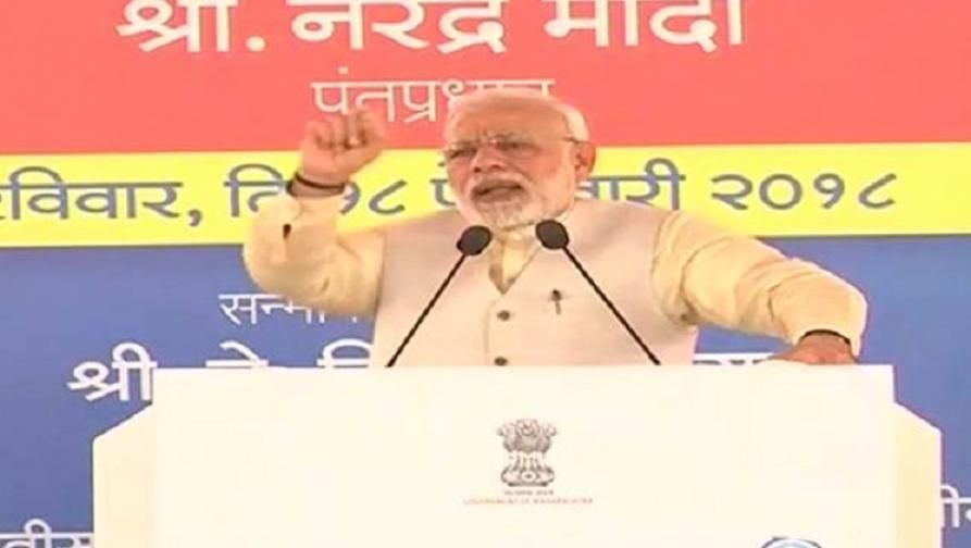 पंतप्रधान मोदींच्या हस्ते नवी मुंबई विमानतळाचा कोनशिला समारोह संपन्न;2019ला पहिले उड्डाण