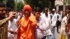 VIDEO: अटल बिहारी वाजपेयींच्या पार्थिवाचे अंत्यदर्शन घ्यायल्या गेलेल्या स्वामी अग्निवेश यांना मारहाण