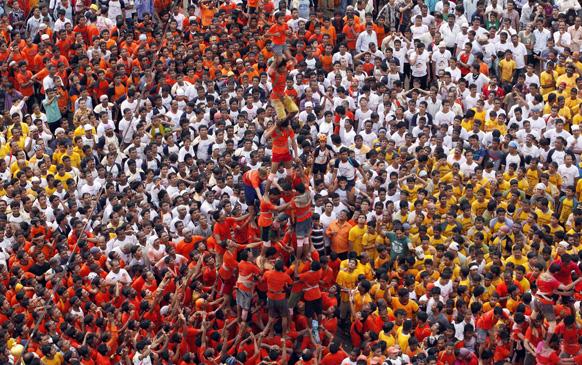 mumbai dahi handi 201322