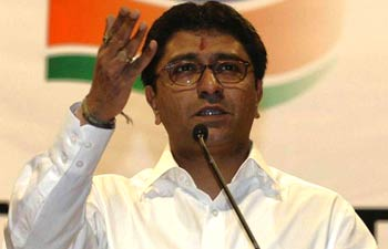 raj-thackeray_350_072412104120
