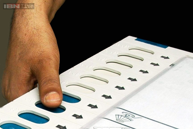sc-asks-ec-to-install-electronic-voting-machines-issuing-paper-receipts-to-voters-for-2014-polls_081013010529