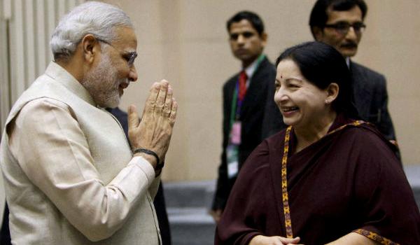 Narendra Modi with Jayalalith 2