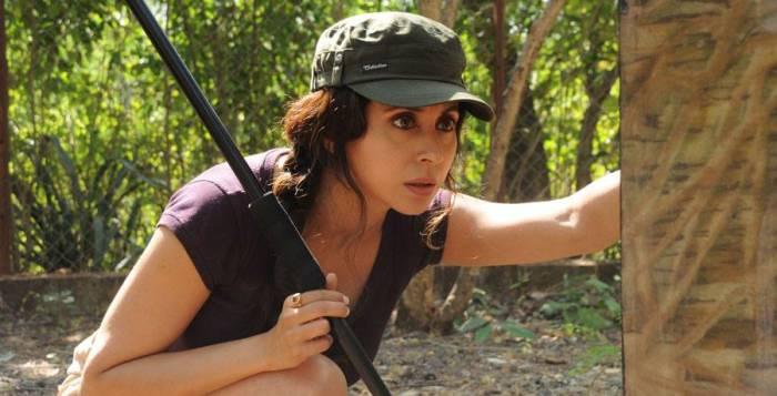 Urmila-Matondkar-Ajoba-Marathi-Movie-Still-Photos