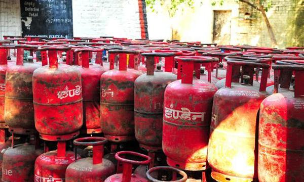 LPG gas sucidy