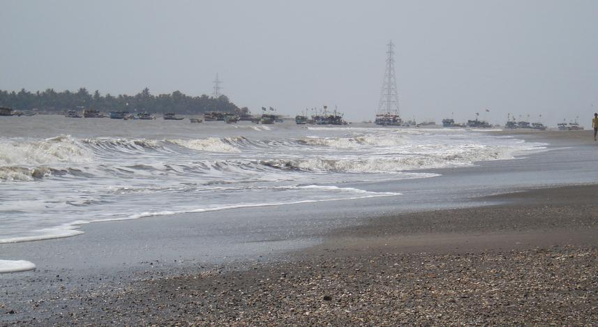 arnala_beach