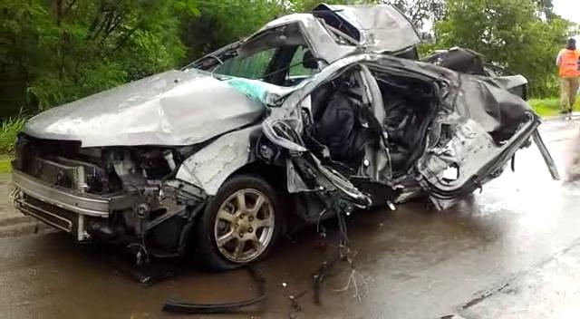 मुंबई-पुणे एक्स्प्रेस मार्गावर भीषण अपघात; चौघांचा मृत्यू