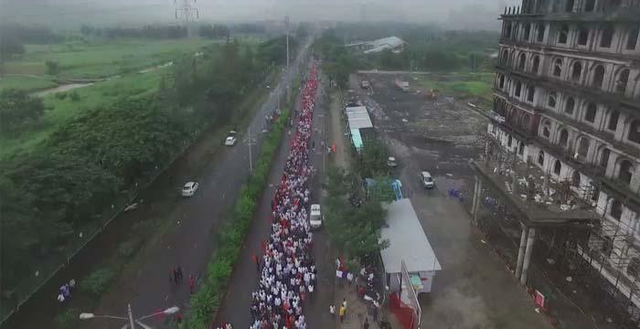 नवी मुंबईत पावसाचा पाडाव करत मराठा एकवटला