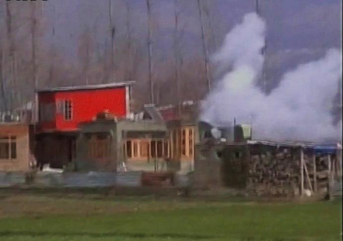 जम्मू-काश्मीरमध्ये गोळीबारात साताऱ्याचे दीपक घाडगे शहीद