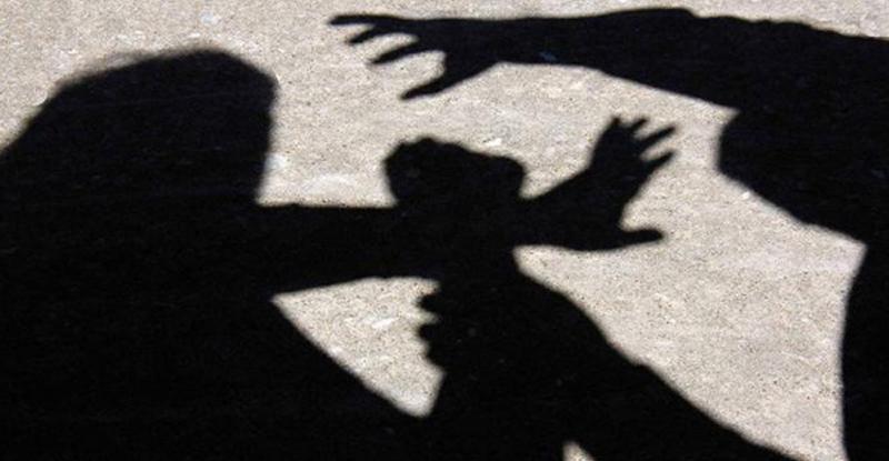 UP: बलात्कारकरून महिलेला जिवंत जाळले, 100 नंबरला फोन करुनही मिळाली नाही मदत