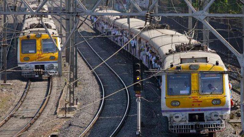 सिग्नल यंत्रणेत बिघाड झाल्याने मध्य रेल्वेची सेवा विस्कळीत