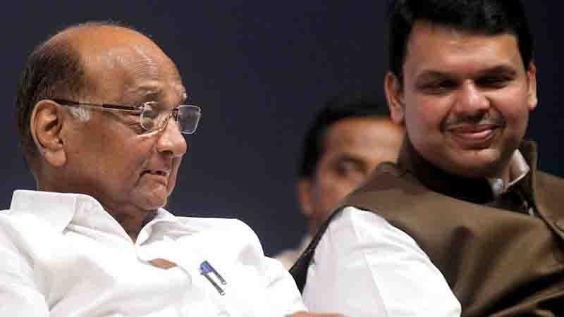 मुख्यमंत्री आणि शरद पवारांची सह्याद्री अतिथीगृहावर बैठक, राजकीय चर्चांना उधाण