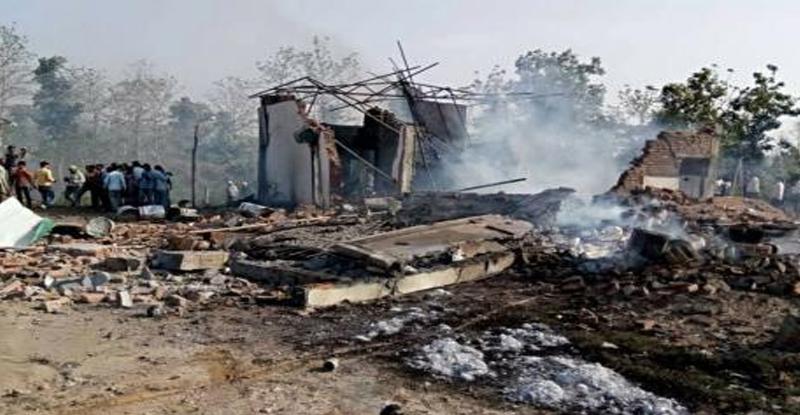 मध्य प्रदेशमध्ये फटाक्यांच्या कारखान्यात स्फोट, 20 ठार