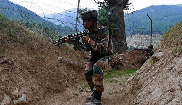 जम्मू-काश्मीरमध्ये घुसखोरी करणाऱ्या 5 दहशतवाद्यांचा खात्मा