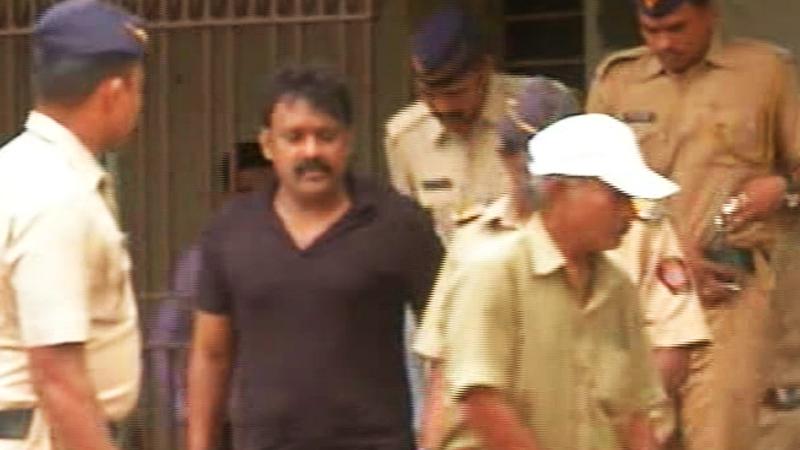 रमेश कदम मंत्रालयात, पोलिसांची केली तक्रार