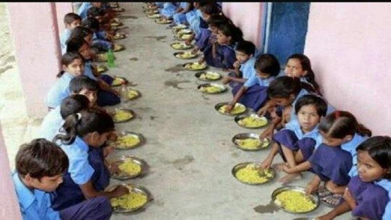 IBNलोकमतचा दणका : शालेय पोषण आहारातली ठेकेदारी होणार बंद