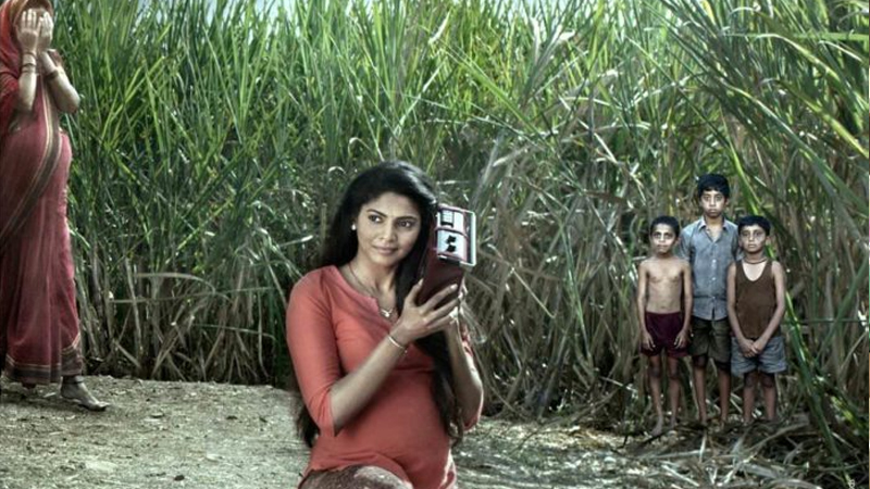 फिल्म रिव्ह्यु : लपाछपी- जो घाबरला तो 'आऊट' !