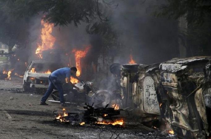 हरियाणातील रहीम समर्थकांच्या हिंसाचारात 32 ठार ; मोदींकडूनही निषेध