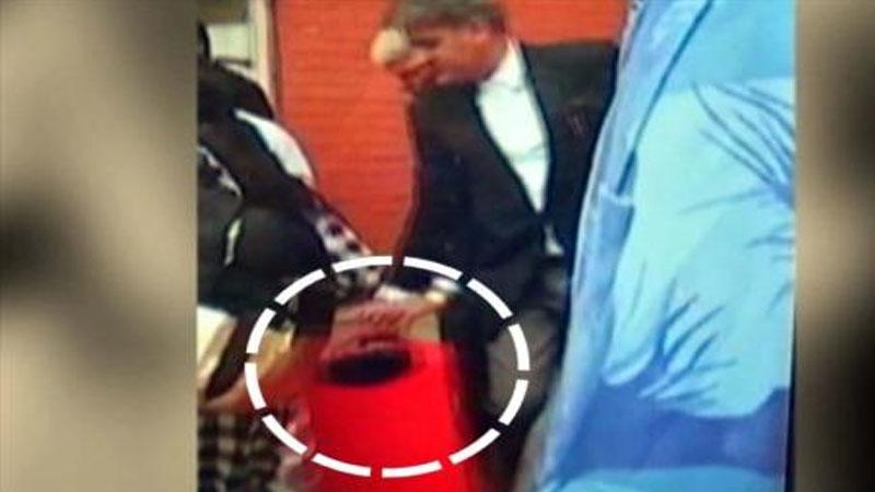 राम रहीमची बॅग उचलणाऱ्या सरकारी वकिलाची हकालपट्टी