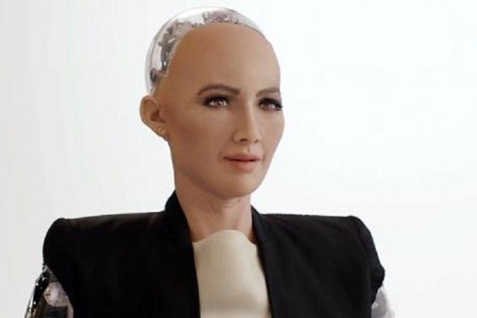 सौदी अरेबियाने चक्क महिला रोबोटला नागरिकत्व दिलं !