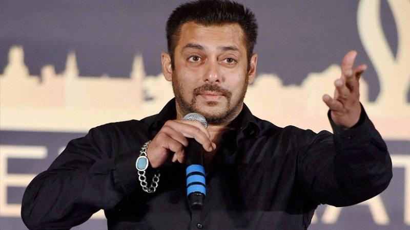 'पद्मावती' न बघता विरोध करणं चुकीचं- सलमान खान