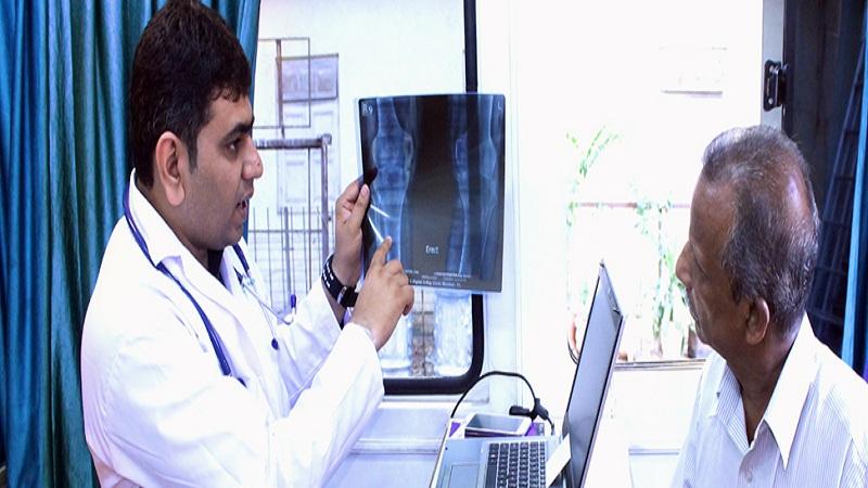 भारतात रुग्णाला तपासायला फक्त दोनच मिनिटं पुरेसे ?
