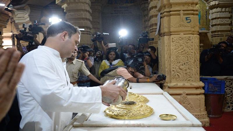 राहुल गांधींनी गुजरातमध्ये दिली आतापर्यंत  12 मंदिरांना भेट