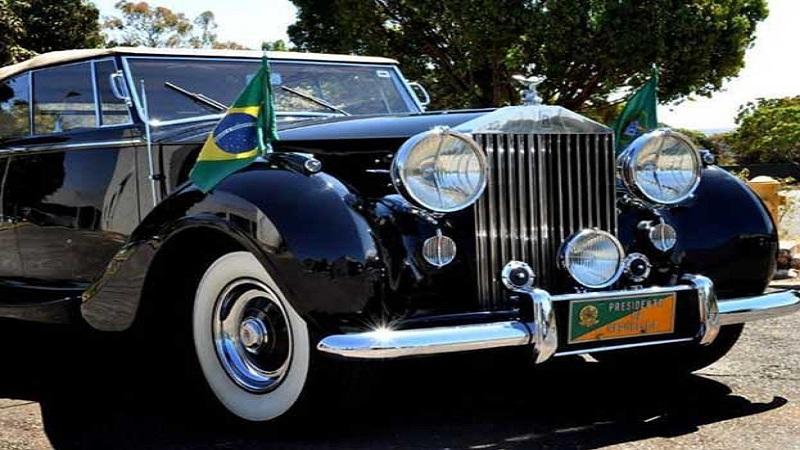 ब्राझील - ब्राझीलचे अध्यक्ष रॉल्स रॉयस व्रेथचा वापर करतात. ही सुद्धा मॉडिफाइड कार आहे.